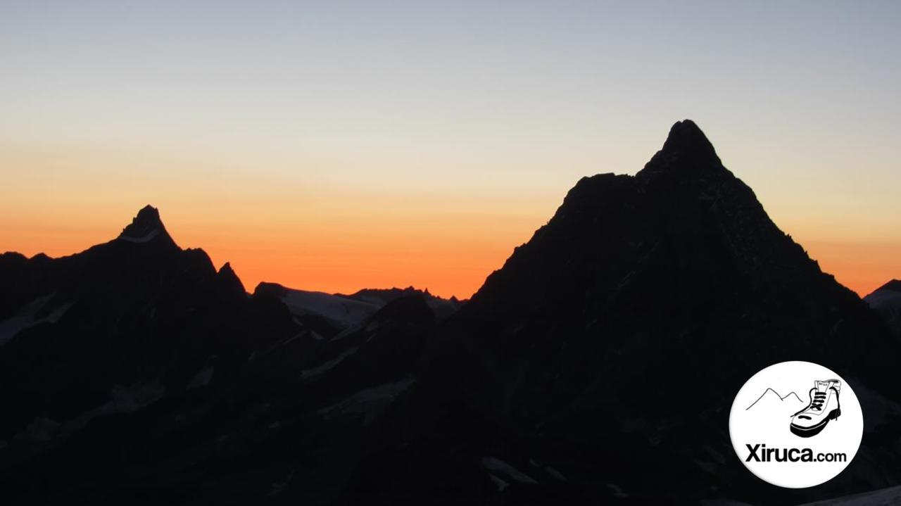 Dent d'Hérens y Matterhorn desde Klein Matterhorn