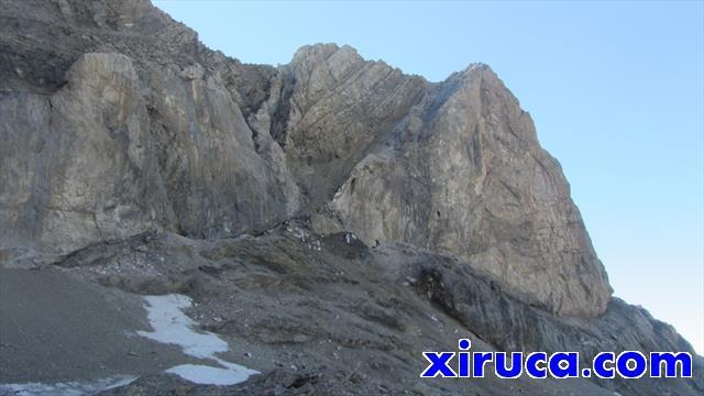 Burra Pelaya y canal de acceso al Pico de Añisclo