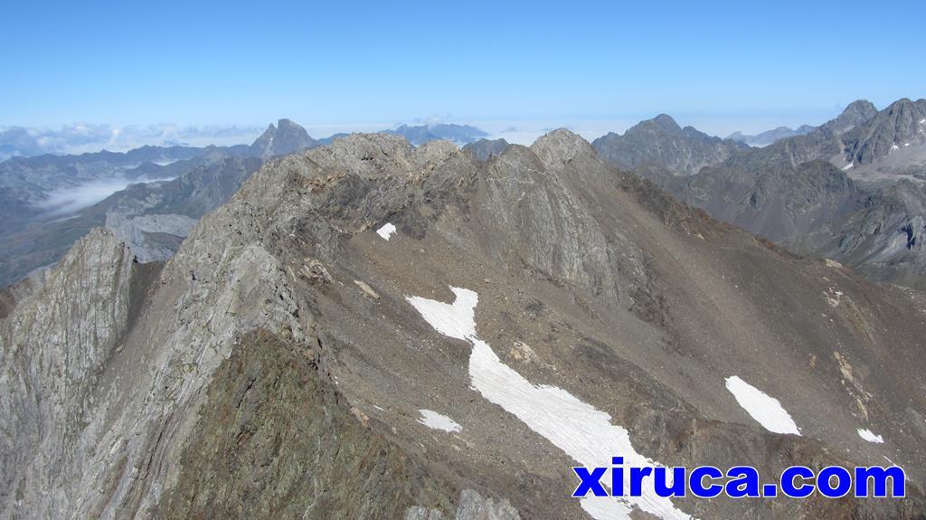 Cresta desde el Argualas hasta los picos de Algas