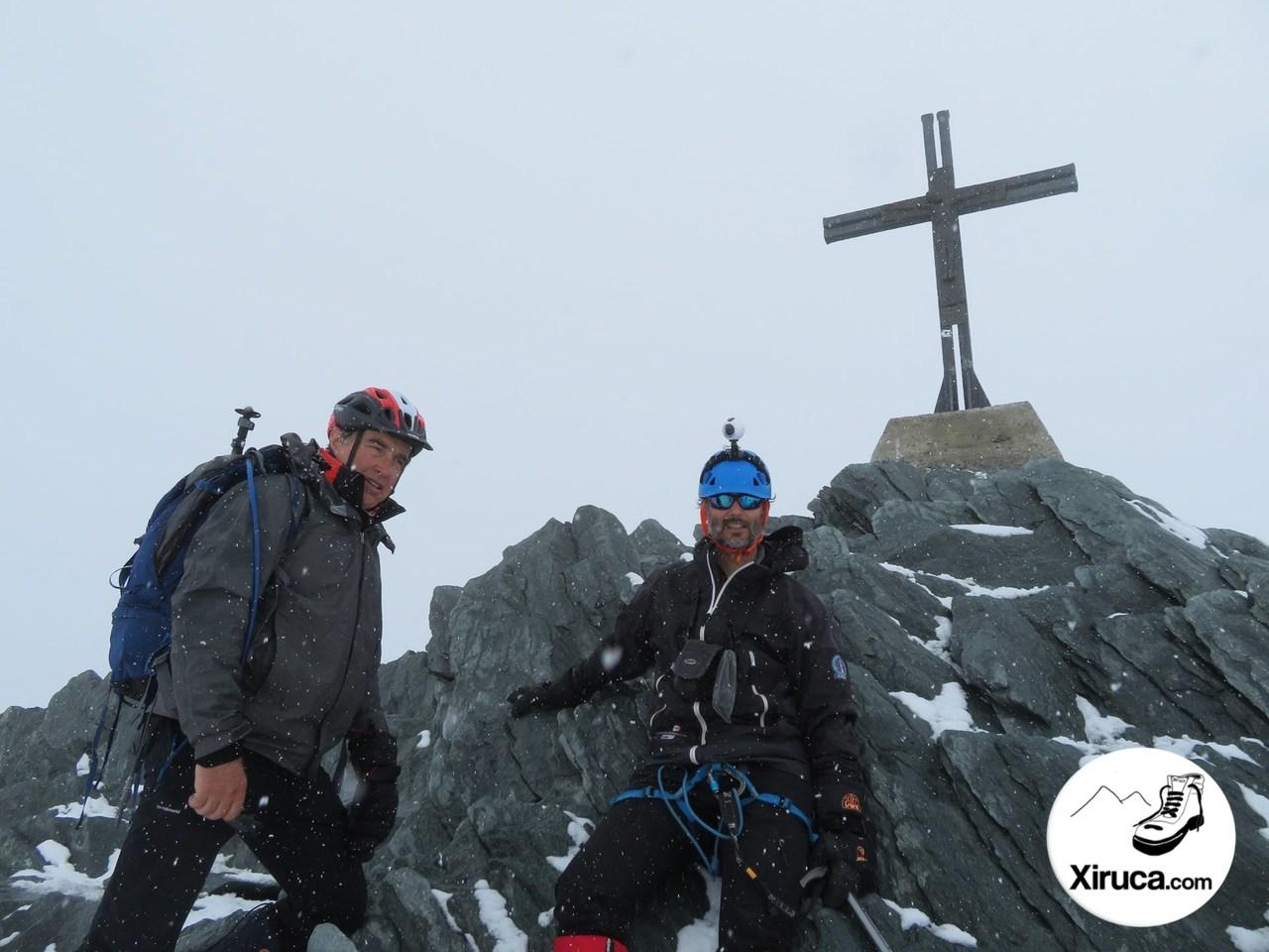 En la cima del Allalinhorn