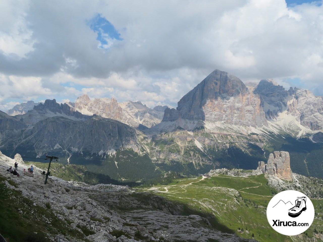 Tofanas y Cinque Torri desde Rifugio Nuvolau