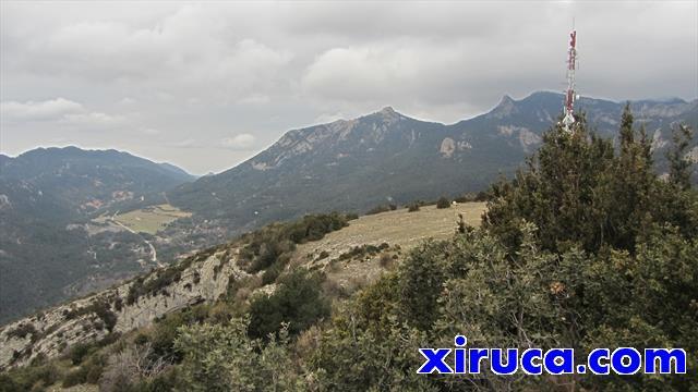 Cogulló d'Estela y Roca de l'Auró desde La Figuerassa