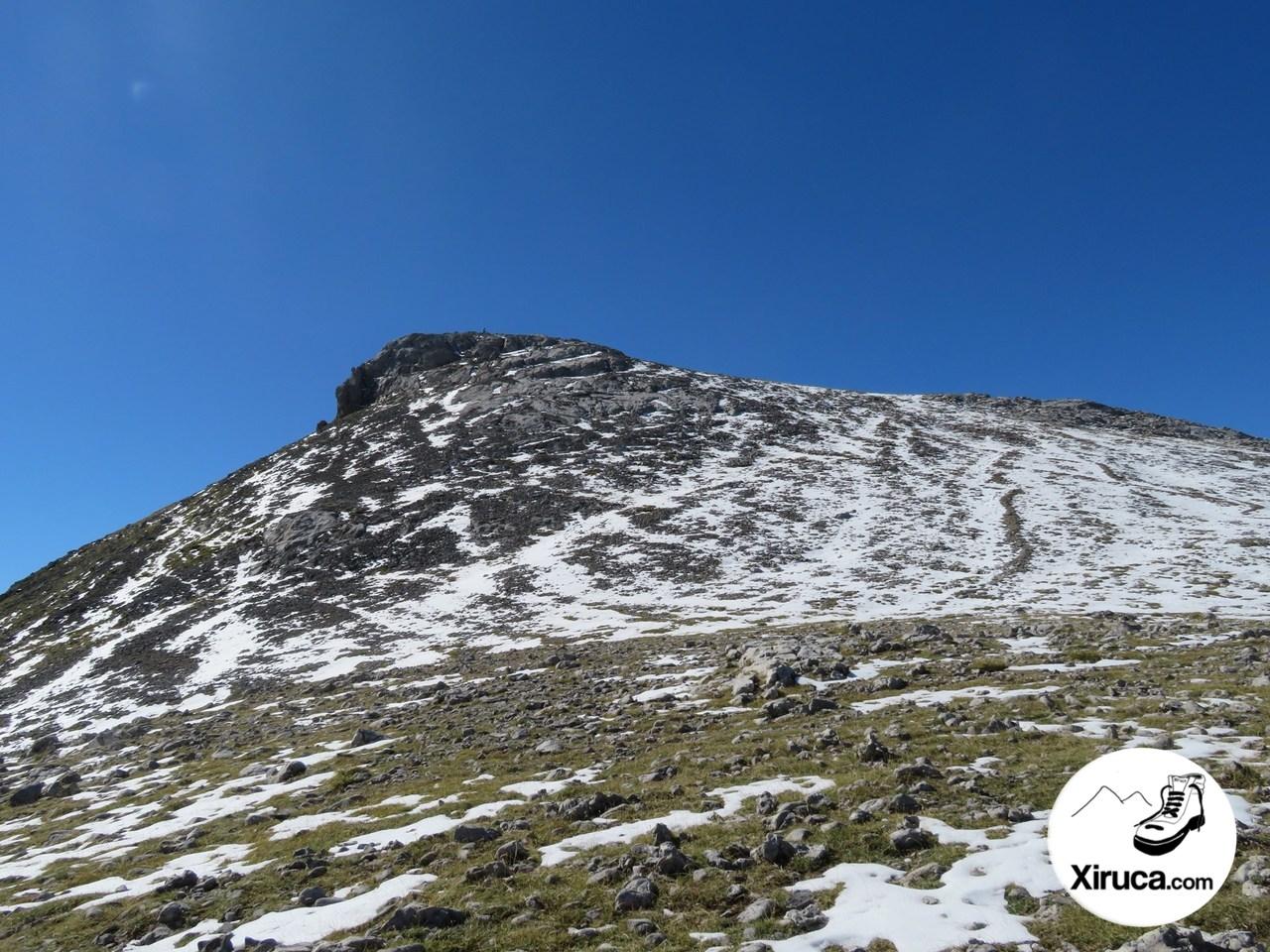 Pico de la Padiorna desde Colladina de Las Nieves