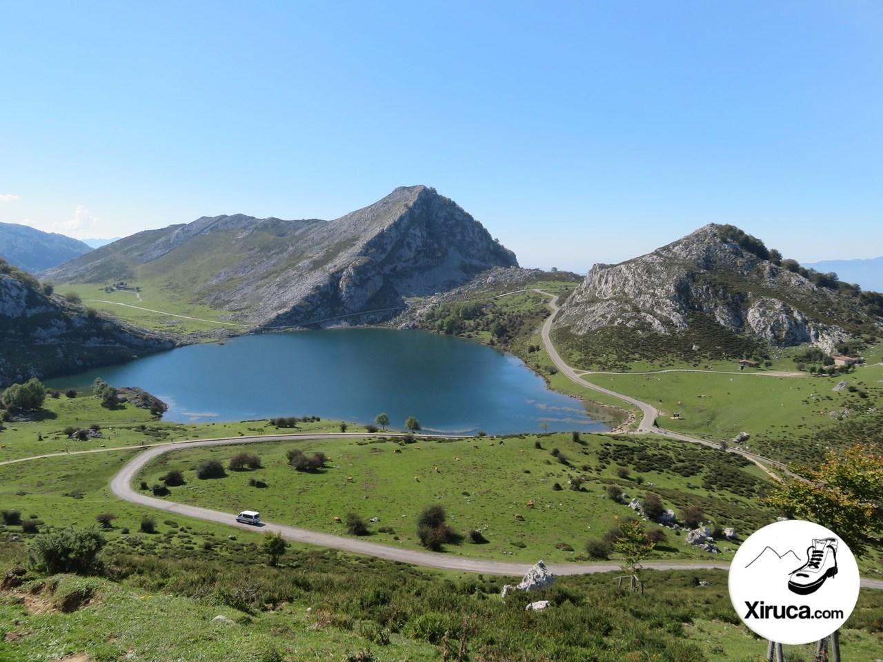 Lago Enol y Refugio Cabaña de Pastores