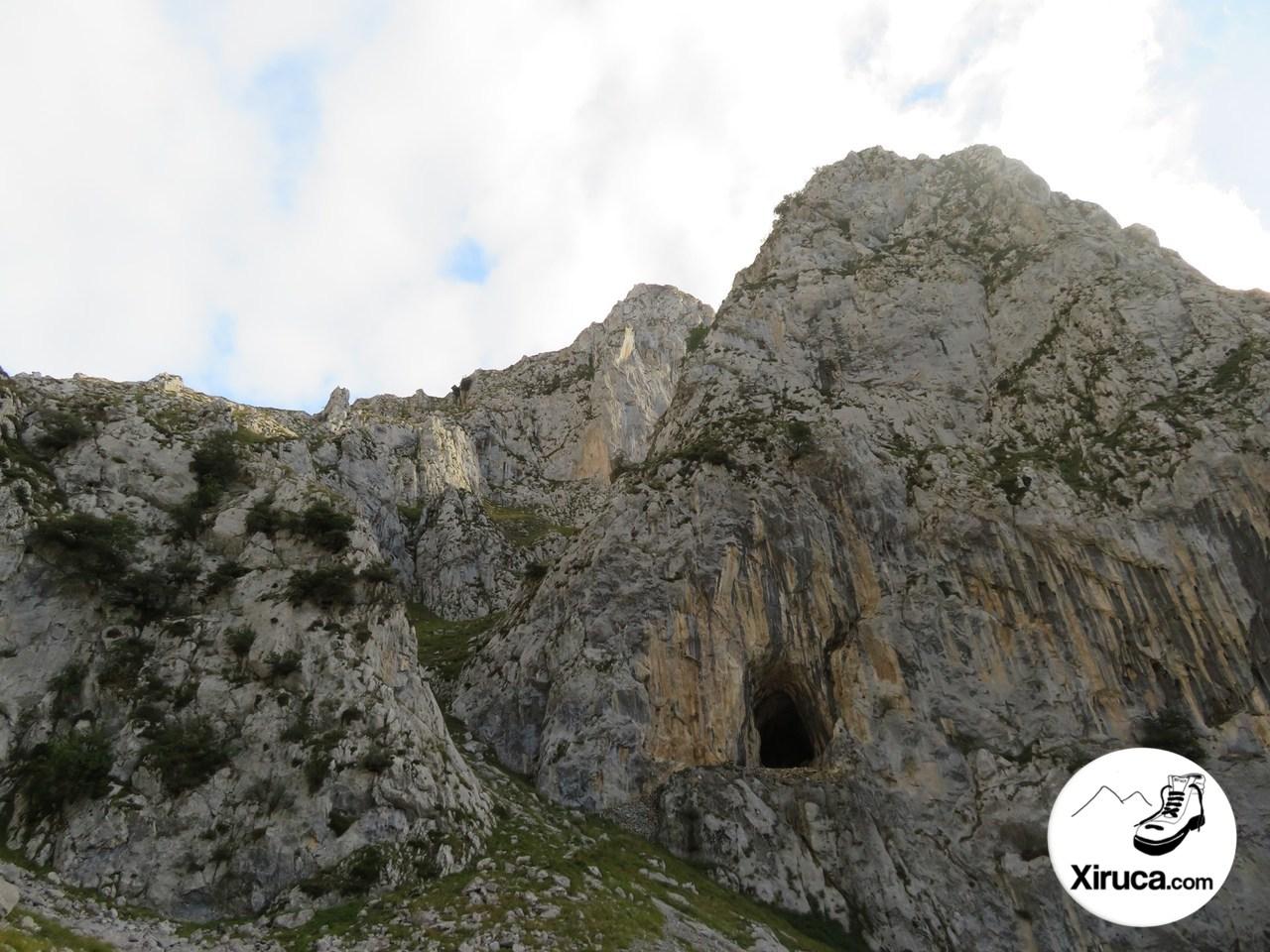 Cueva del Posadoriu
