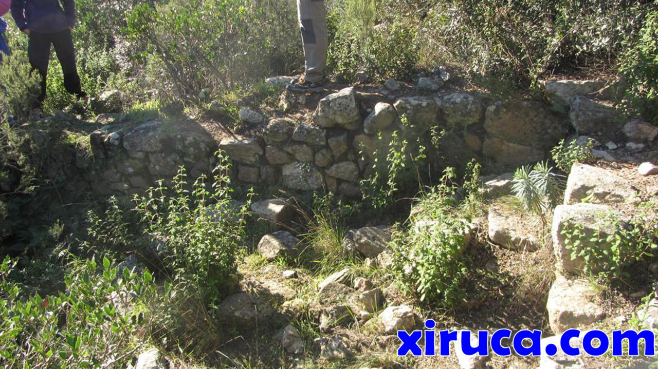 Restos del poblado ibérico en el Turó del Castell