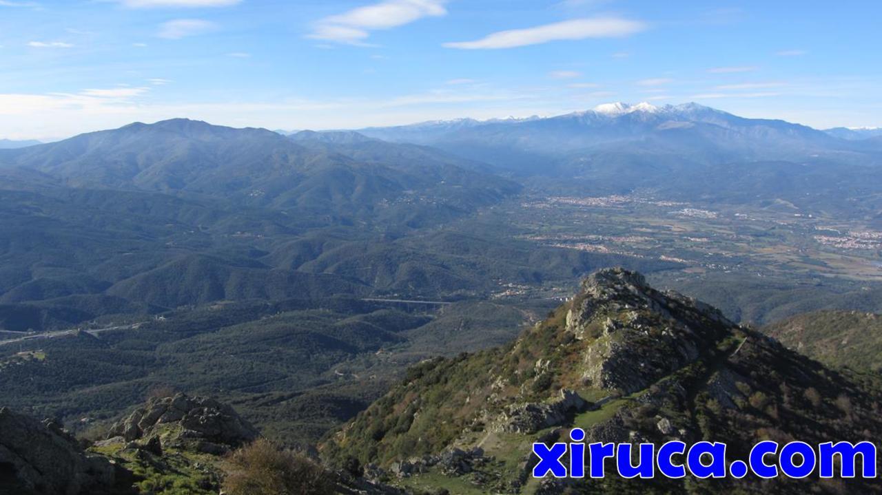 El Moixer y Canigó desde el Puig de Sant Cristau