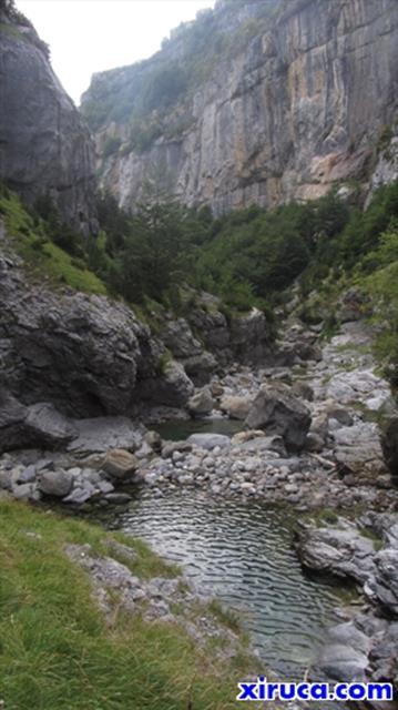 En el interior del Cañón de Añisclo