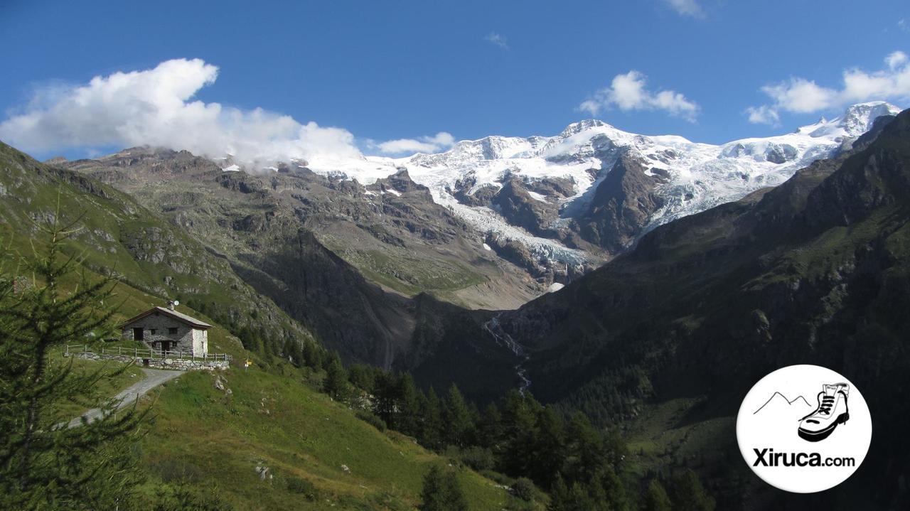 Cuatromiles sobre el Valle de Lys