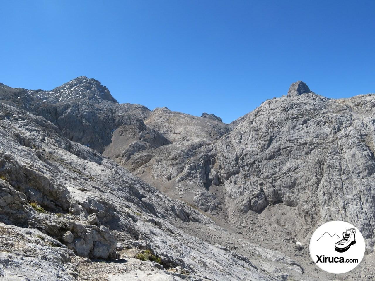 Torre de la Párdida y Pico de los Cabrones