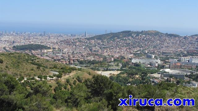 Barcelona desde cerca del Portell de Valldaura