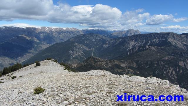 Serra del Cadí, Pedraforca y Serra del Verd desde el Tossal de l'Estivella