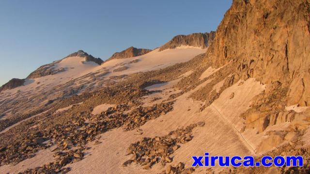 Aneto y glaciar desde el Portillón Superior