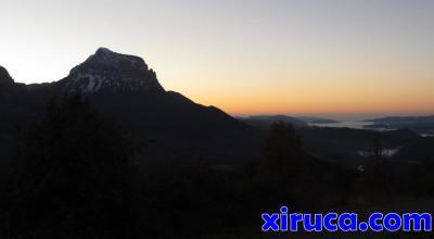 Peña Montañesa amaneciendo
