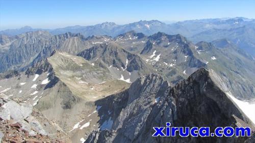 Cresta hacia el Petit Vignemale desde el Grand Vignemale