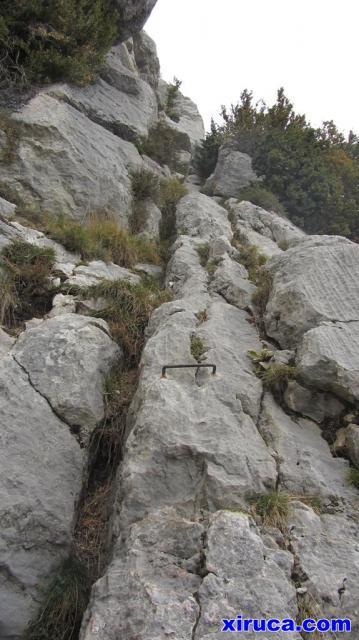 Trepando a la Roca del Joc
