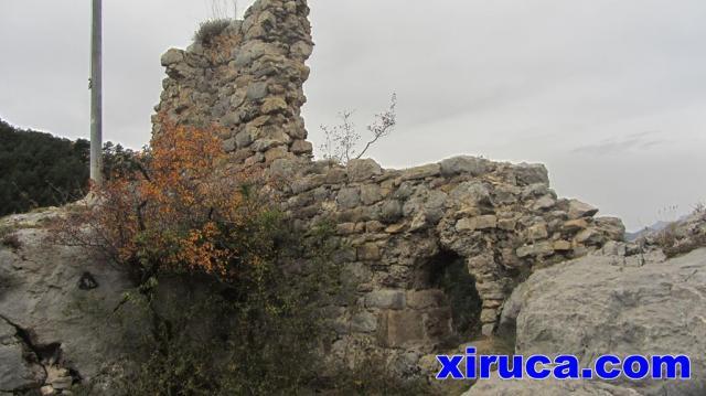 Restos del Castell de Lillet