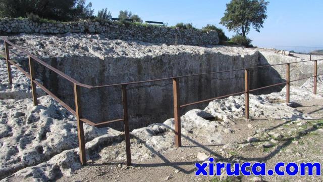 Cisterna en el Conjunto Monumental de Olèrdola