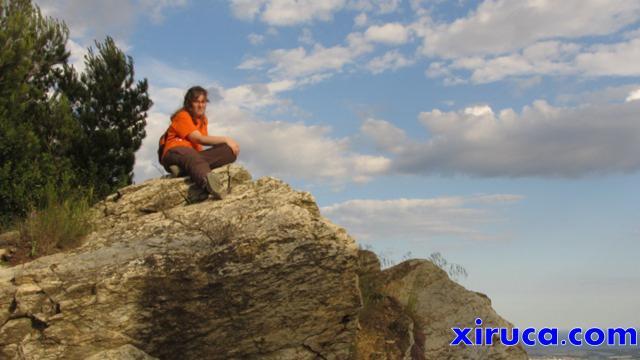 Jenny en la cima del Puig d'Olorda