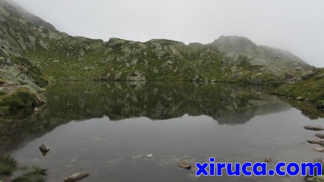 Calmadas aguas en los Lacs de Chéserys