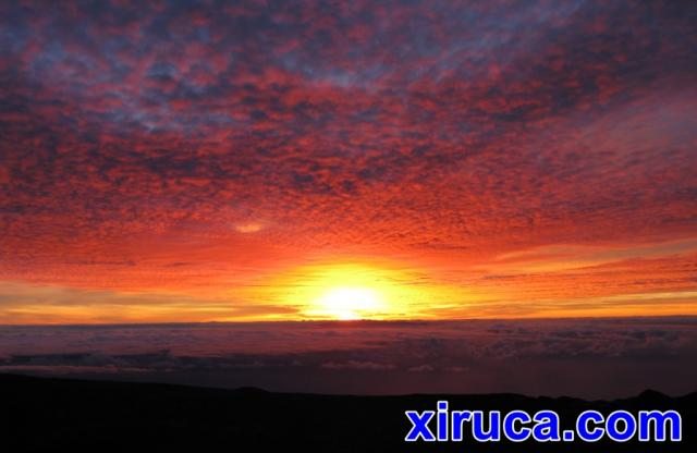 Cielo rojo al anochecer